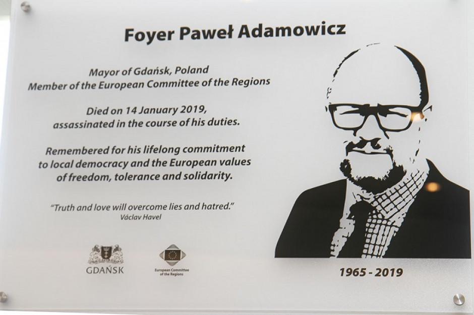 W Europejskim Komitecie Regionów w Brukseli upamiętniono Pawła Adamowicza