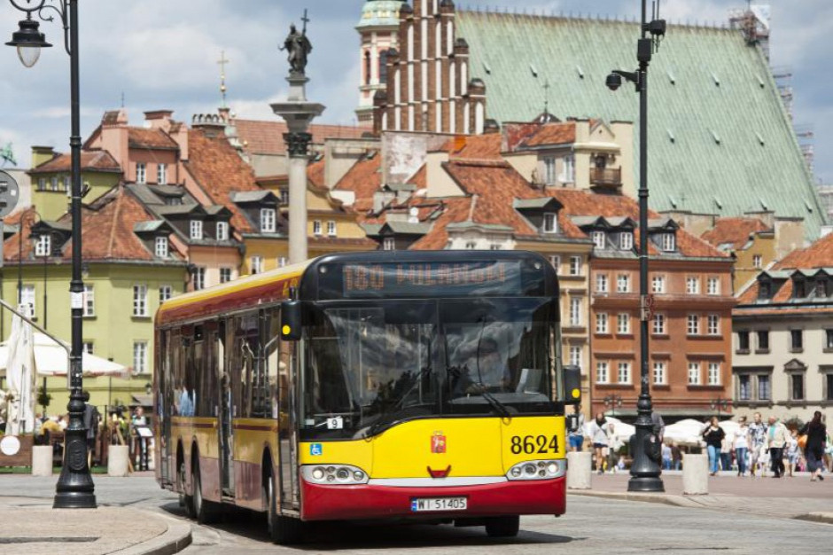 Komisja rewizyjna rady miasta zbada kwestię reklam wyborczych na miejskich autobusach