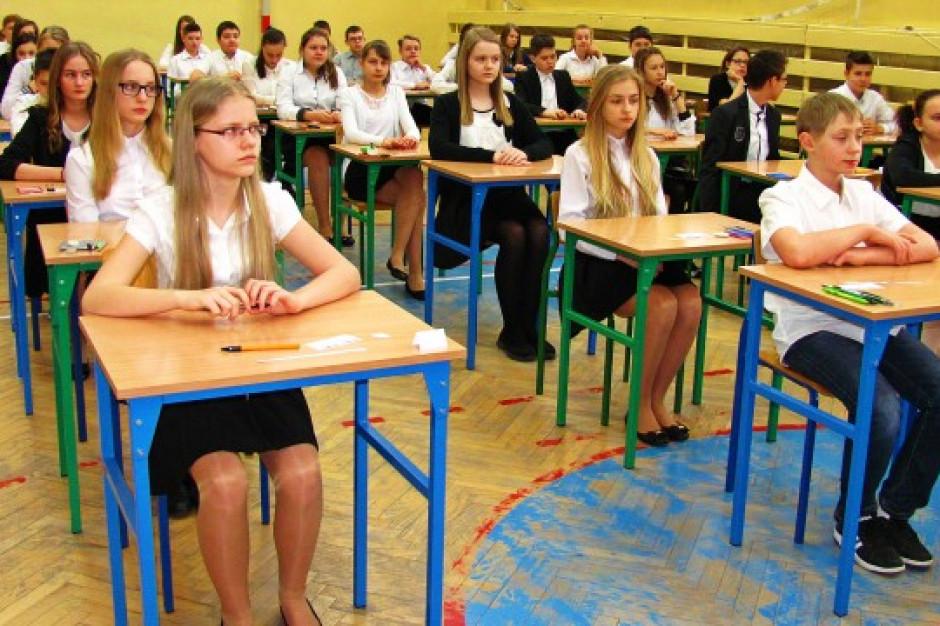 Egzamin ósmoklasisty. CKE: sytuacja dynamiczna