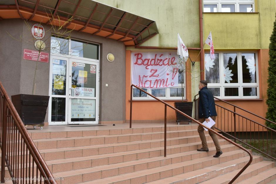 Władze Lublina: egzamin ósmoklasistów powinien się odbyć bez zakłóceń