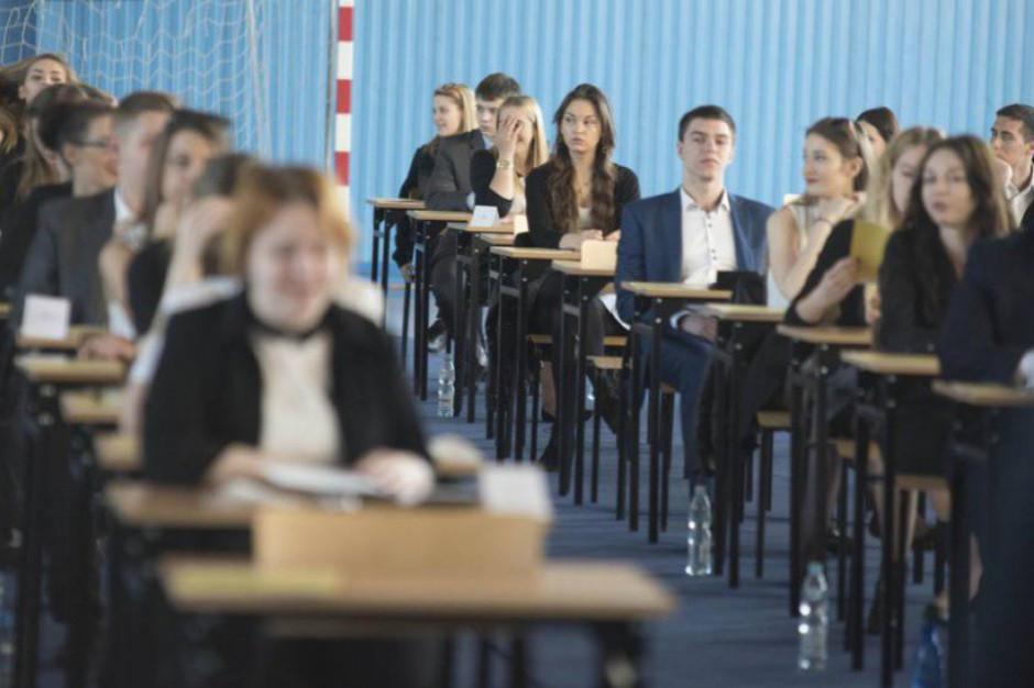 W poniedziałek rusza pierwsza sesja egzaminu ósmoklasisty. Tak będzie przebiegać