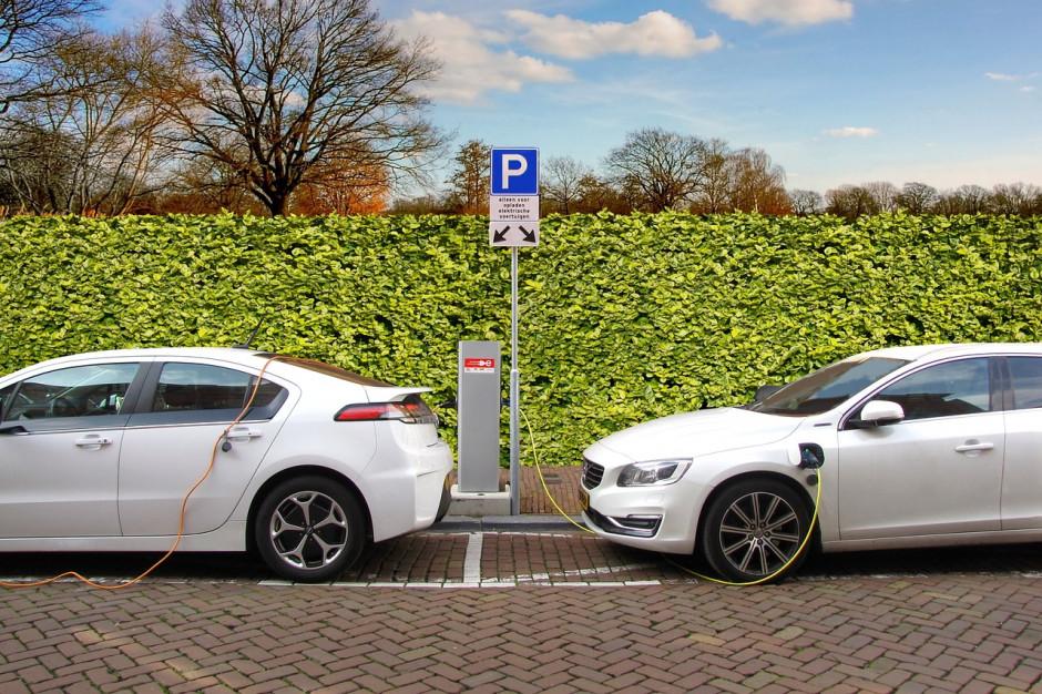 GDDKiA: 22 oferty na punkty ładowania pojazdów elektrycznych