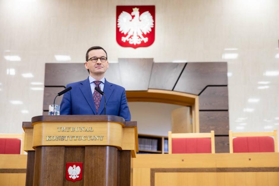 Morawiecki poprosił nauczycieli, by egzaminy odbyły się bez zakłóceń i by zawiesili protest na Święta