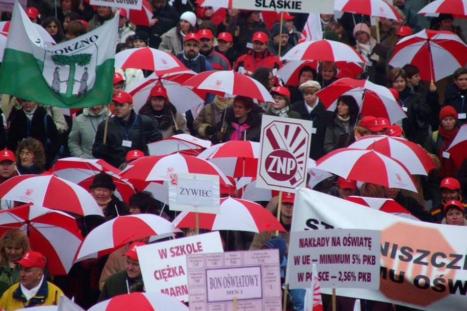 Ogólnopolska manifestacja nauczycieli odbędzie się w Warszawie 23 kwietnia
