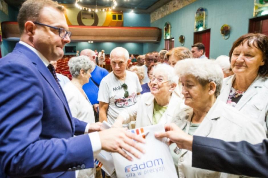 Radom: Seniorzy znów otrzymają czujniki czadu