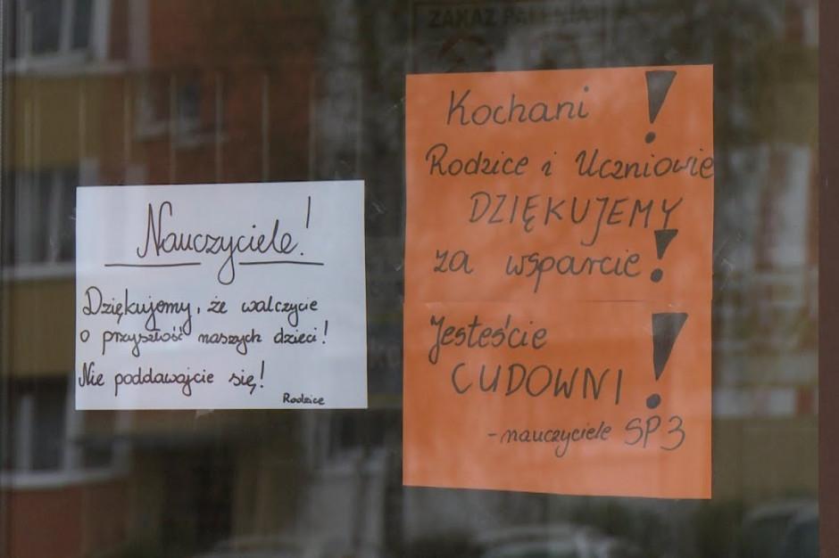 Nauczyciele w Warszawie nie odpuszczają i apelują do rządu
