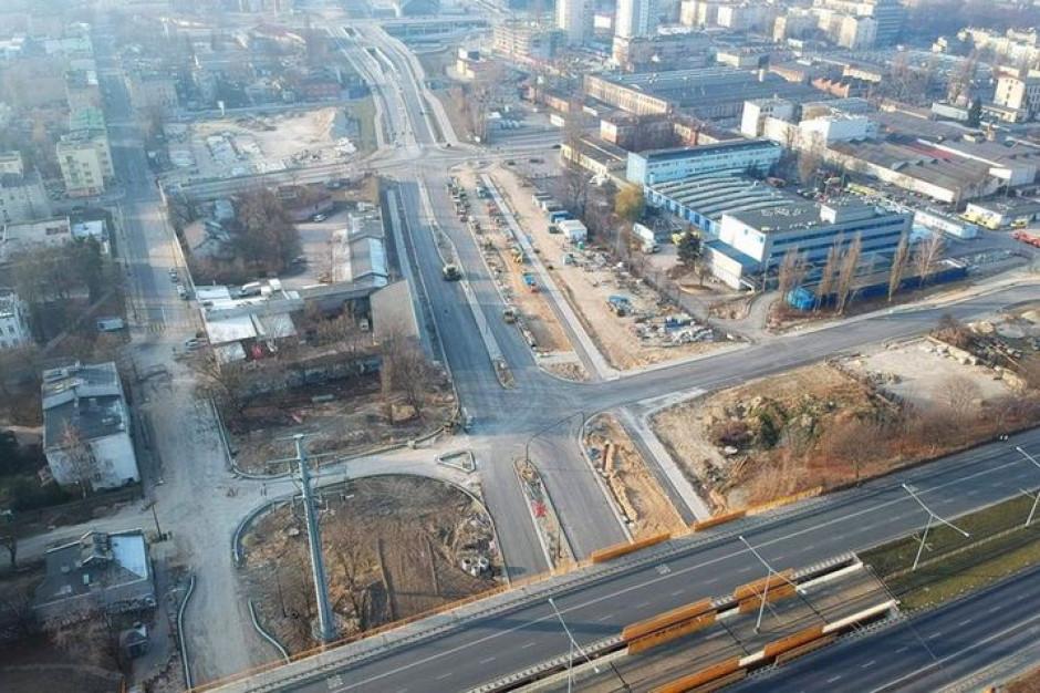 Koniec prac drogowych na ważnej ulicy w centrum Łodzi. Będzie łatwiejszy dojazd do dworca Łódź Fabryczna