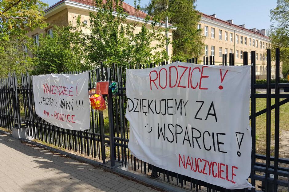 ZNP zawiesza protest. Czy uczniowie będą musieli odrabiać dni strajkowe?