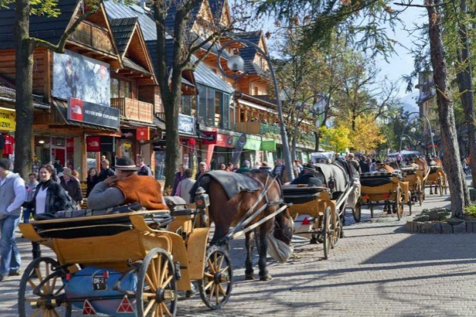 Majówka rozpoczęła sezon w turystycznych miejscowościach. Kto na tym zarobi?