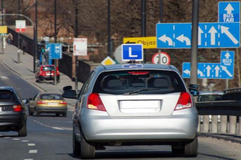 Ponad 200 zarzutów korupcyjnych dla kierownika ośrodka szkolenia kierowców