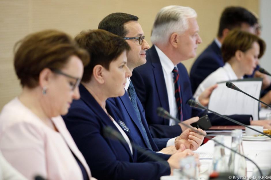 Matusz Morawiecki broni reformy i Anny Zalewskiej