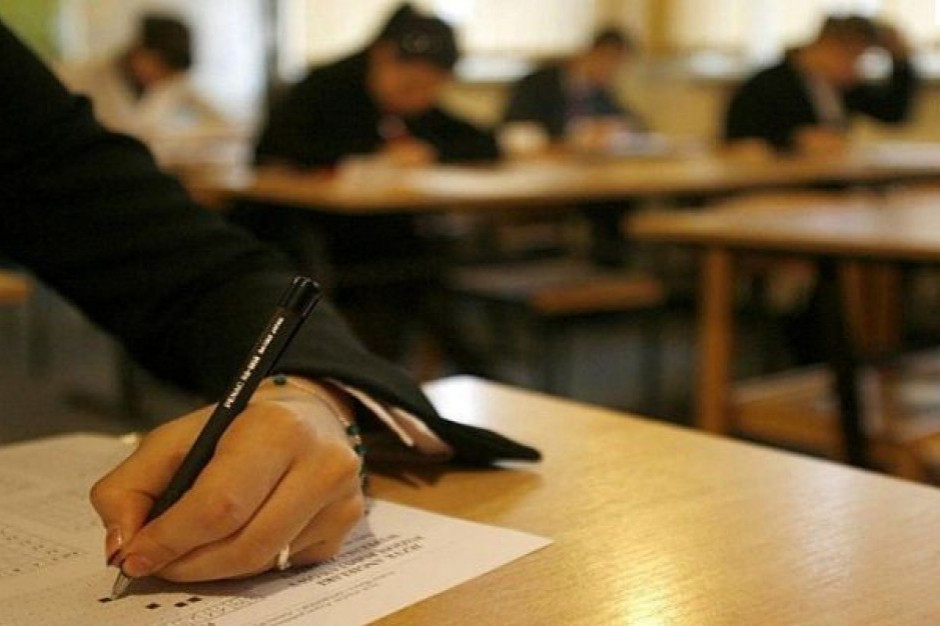 Wielkopolskie: Rady klasyfikacyjne nie odbyły się w 17 z 507 szkół w regionie