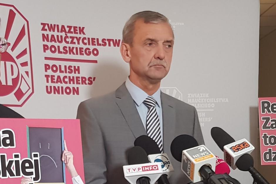 Sławomir Broniarz rekomenduje nauczycielom prowadzenie wyłącznie działań dydaktycznych