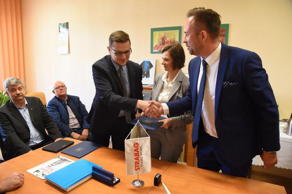 Bydgoszcz wybuduje nowy basen za 33 miliony złotych. Podpisano umowę ze Strabagiem