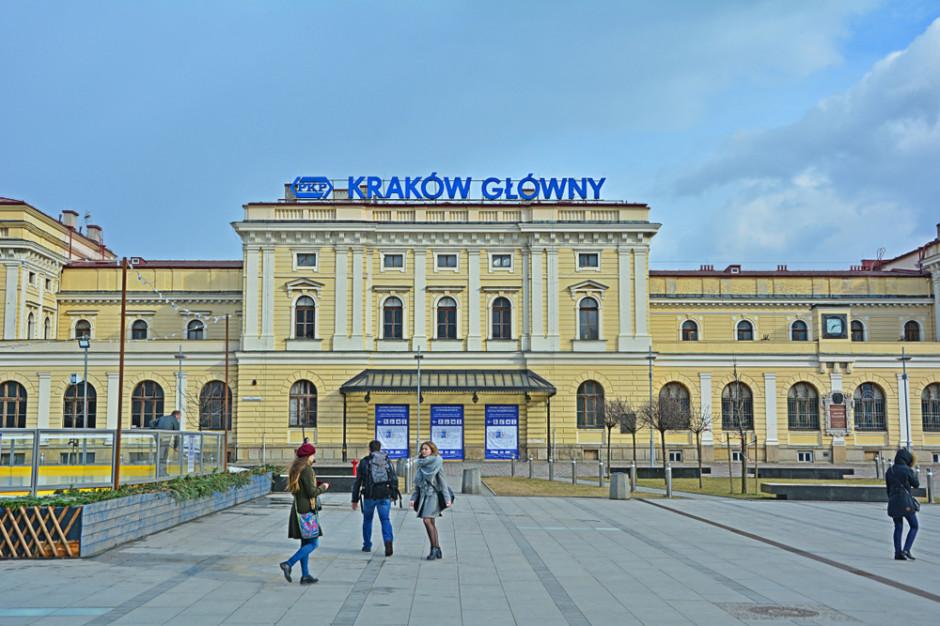 W weekendy pociągiem z Krakowa do Oświęcimia, przez Zator
