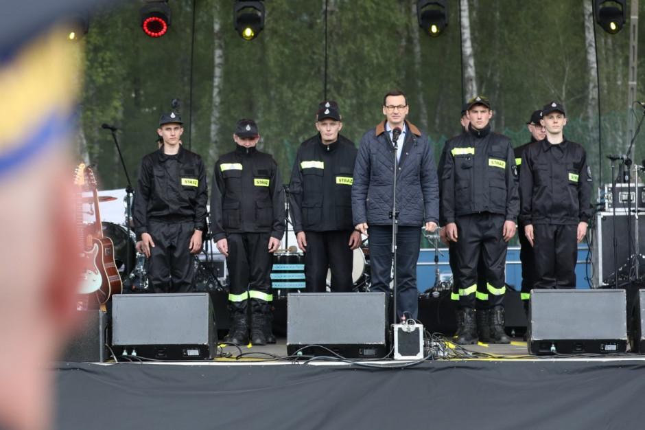 Premier w Rypinie podziękował strażakom