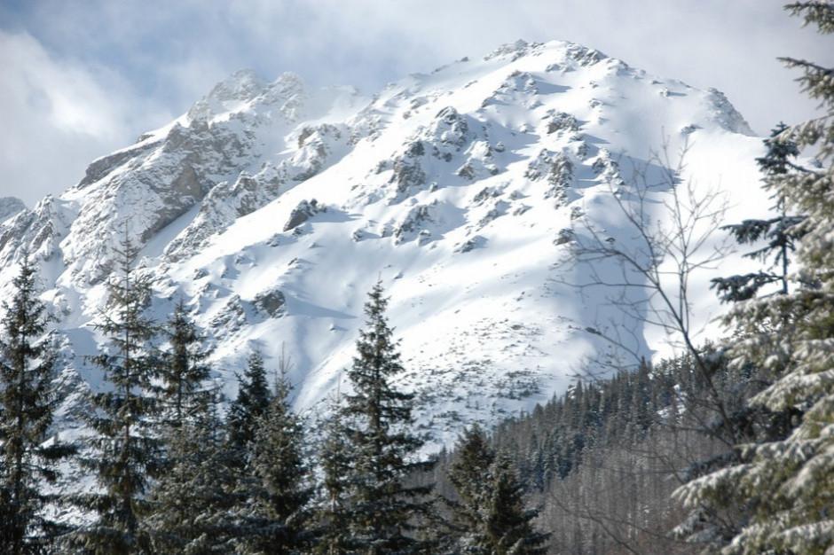 W Tatrach pełnia zimy i lawinowa dwójka