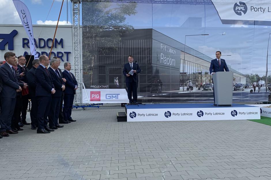Premier na inauguracji budowy lotniska w Radomiu. Ma być jednym z najważniejszych portów w kraju