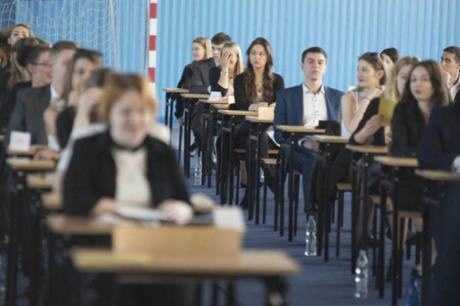 Na maturze egzamin z języka angielskiego na poziomie podstawowym