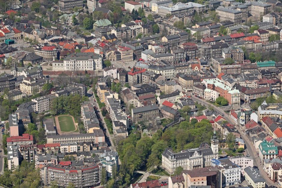 Rozwój małych i średnich miast nie zależy od liczby instytucji