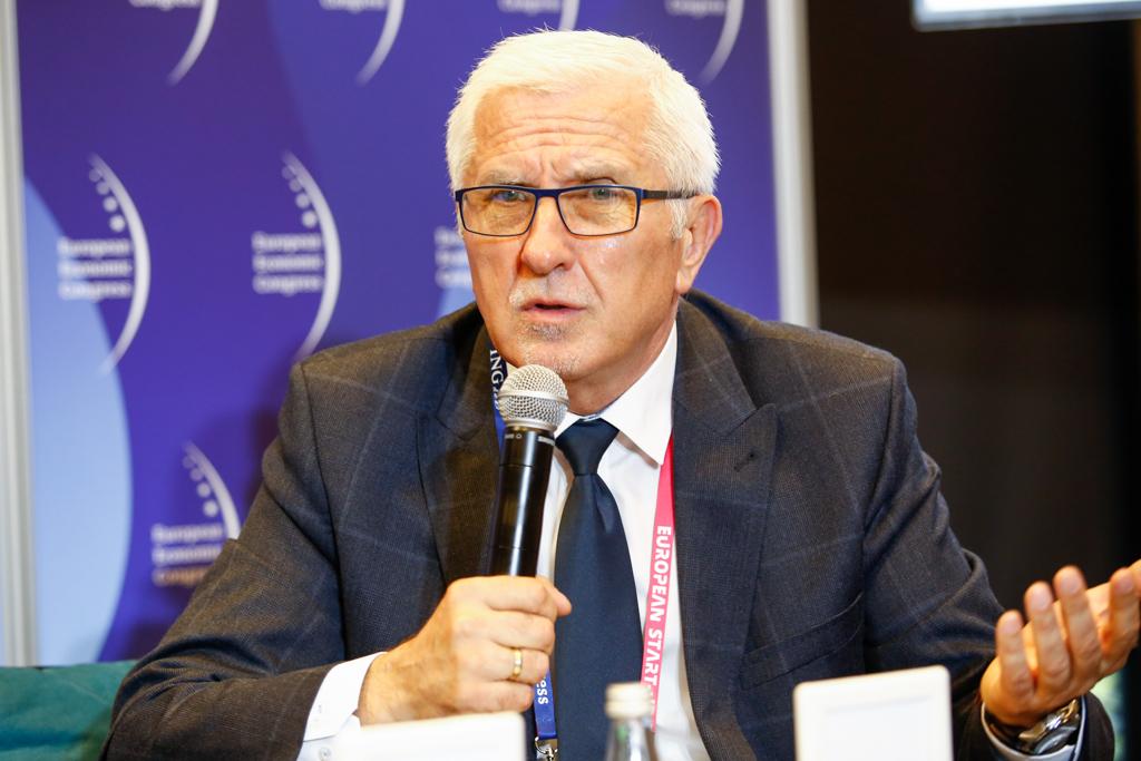 Wadim Tyszkiewicz, prezydent Nowej Soli, jest skłonny przychylić się do opinii, że powiaty należy likwidować (fot. PTWP)