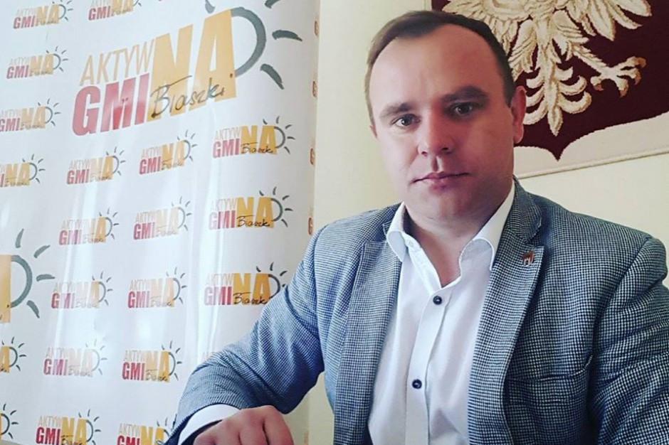 Karol Rajewski szuka pracy. Były burmistrz Błaszek żegna się ze szkołą