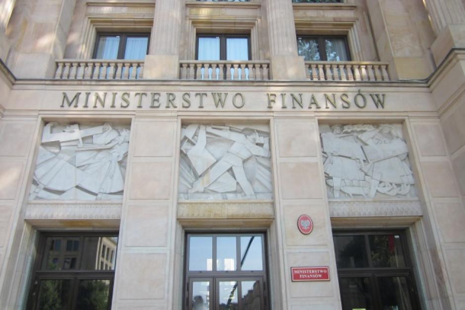 Ministerstwo Finansów zwróci samorządom pieniądze za reformę oświaty? Jest odpowiedź resortu