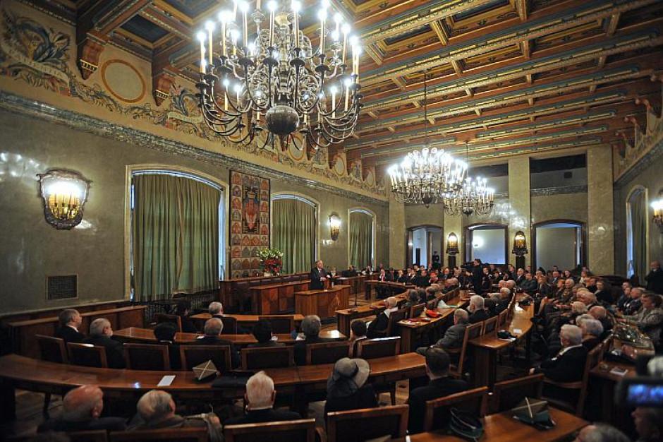 Radni Krakowa chcą, by premier interweniował w sprawie huty ArcelorMittal