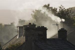 Rząd za przyspieszeniem walki ze smogiem. Samorządowcy będą mieć nowe obowiązki