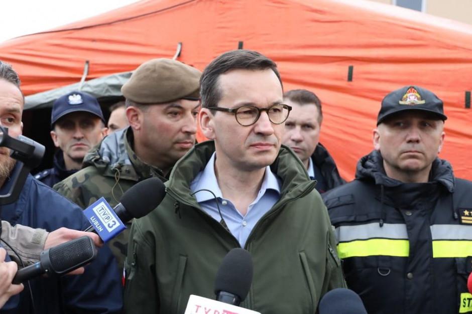 Premier obiecuje dodatkową pomoc dla poszkodowanych w nawałnicy
