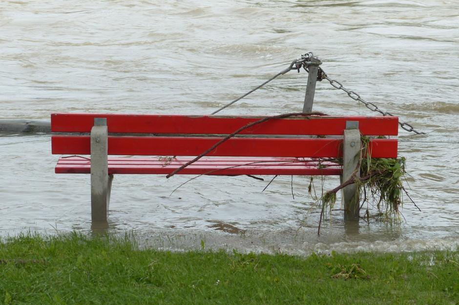 Trzeci stopień zagrożenia hydrologicznego w pięciu województwach