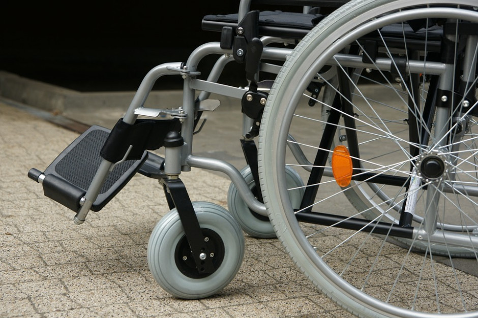 PFRON zapewni dodatkową pomoc osobom niepełnosprawnym poszkodowanym po wichurach