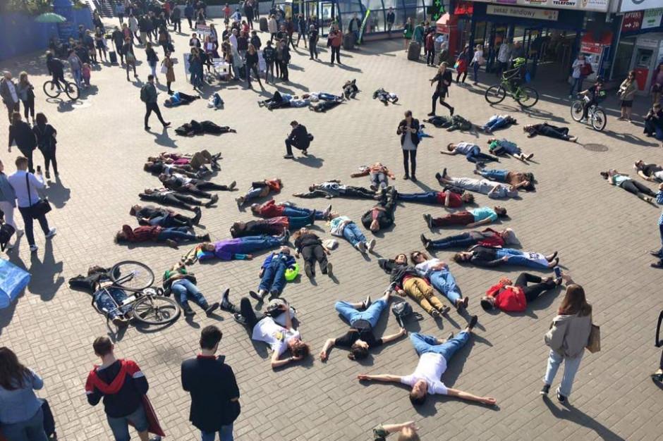 Kolejny protest Młodzieżowego Strajku Klimatycznego przejdzie głównymi ulicami Warszawy