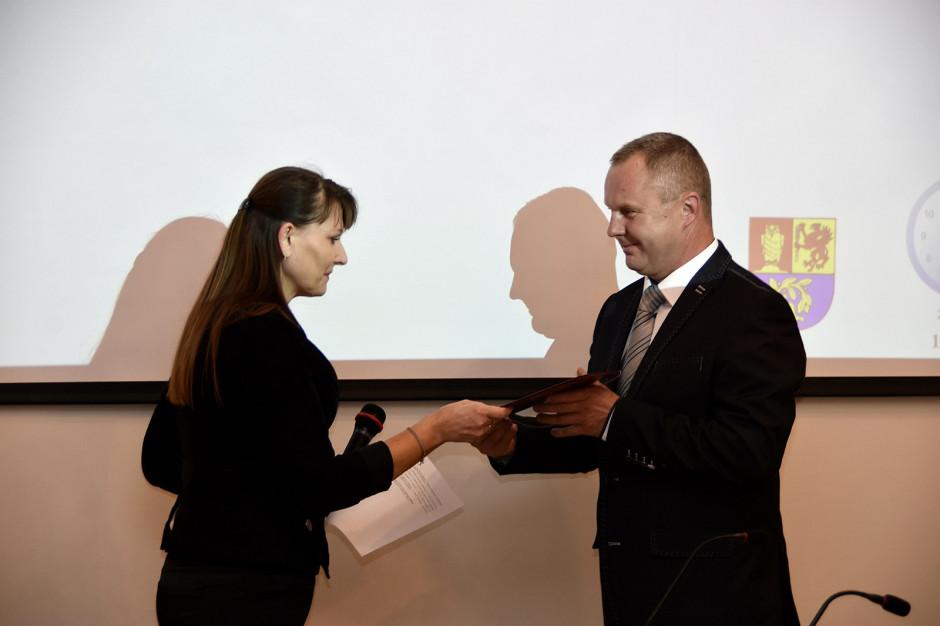 Świdnicka rada gminy w komplecie. Nowy radny złożył ślubowanie
