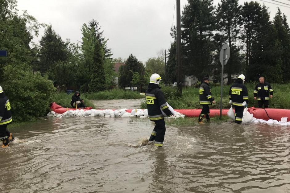 Rządowe Centrum Bezpieczeństwa: Poziom wody przekroczył stan alarmowy na 23 stacjach