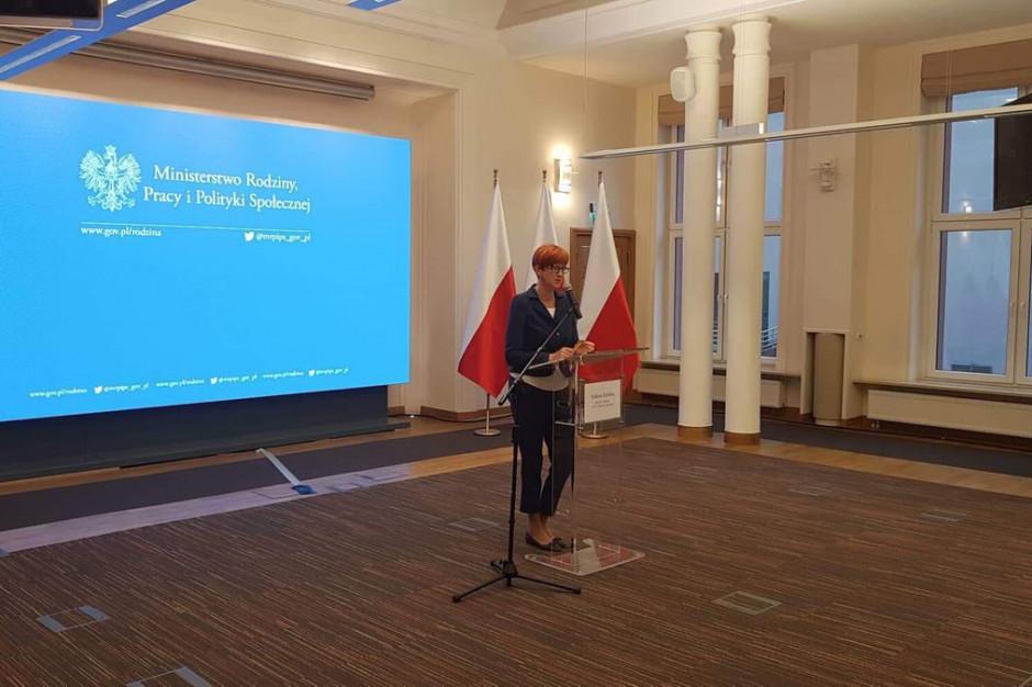 Elżbieta Rafalska: Gminy mogą ubiegać się o dodatkowe środki na pomoc poszkodowanym