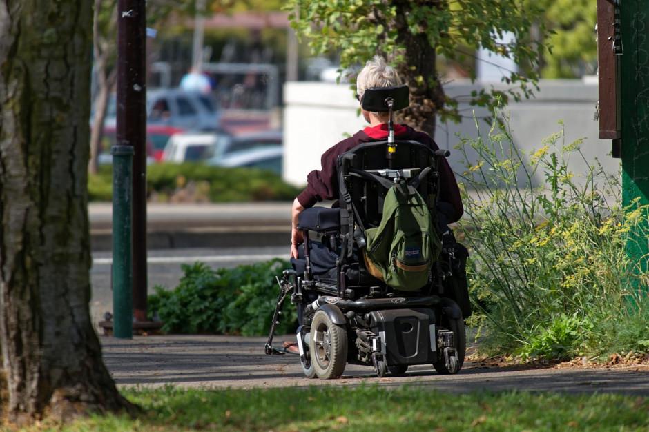 Rada w Szczecinie dyskryminuje niepełnosprawnych?