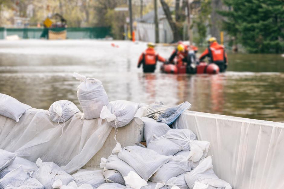 Wypłata ubezpieczeń. Z usuwaniem skutków powodzi nie trzeba czekać