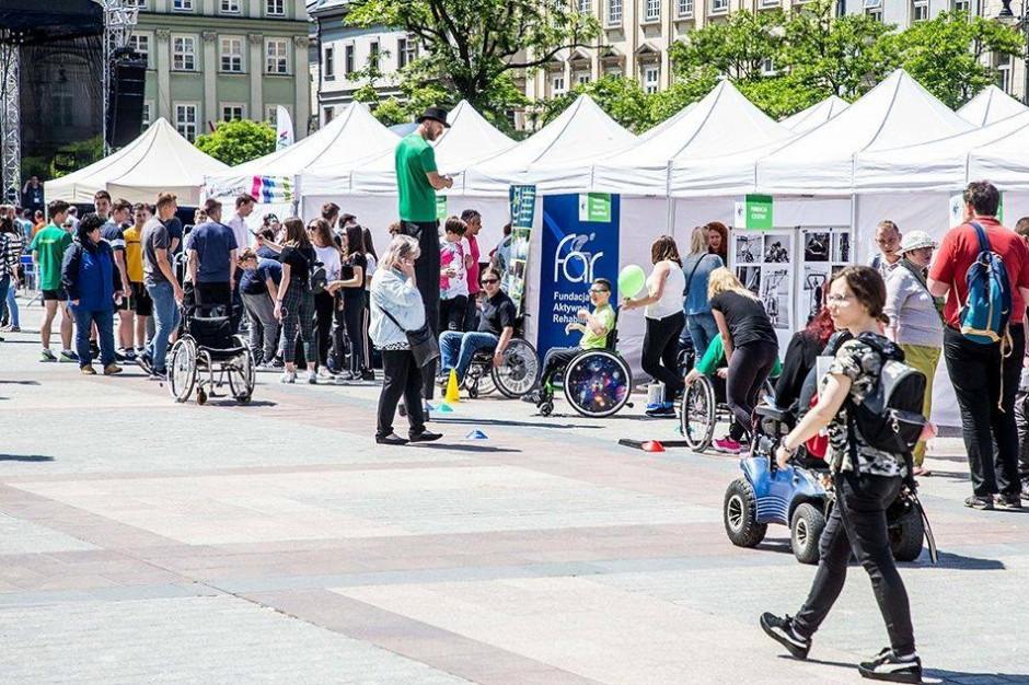 Samorząd wspiera małopolskie święto osób z niepełnosprawnościami