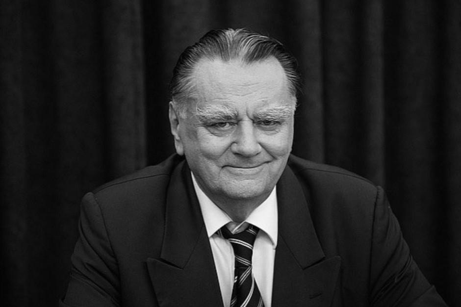 W Warszawie stanie pomnik byłego premiera - Jana Olszewskiego