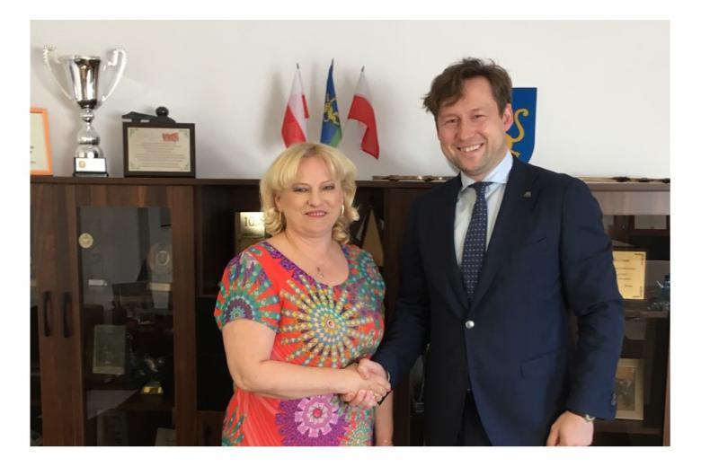 Burmistrz Krynek Jolanta Gudalewka i zastępca RPO Maciej Taborowski (fot. rpo.gov.pl)