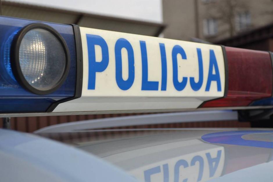 Woźny ze szkoły w Brześciu wyróżniony przez komendanta wojewódzkiego policji