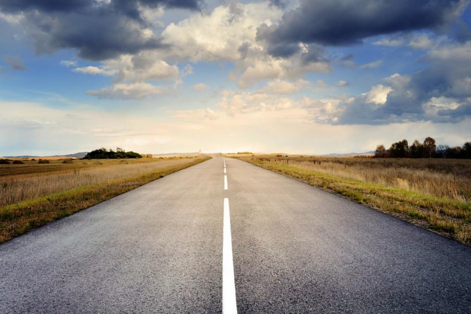 Funduszu Dróg Samorządowych: Podlaskie samorządy dostaną pieniądze na modernizacje dróg lokalnych