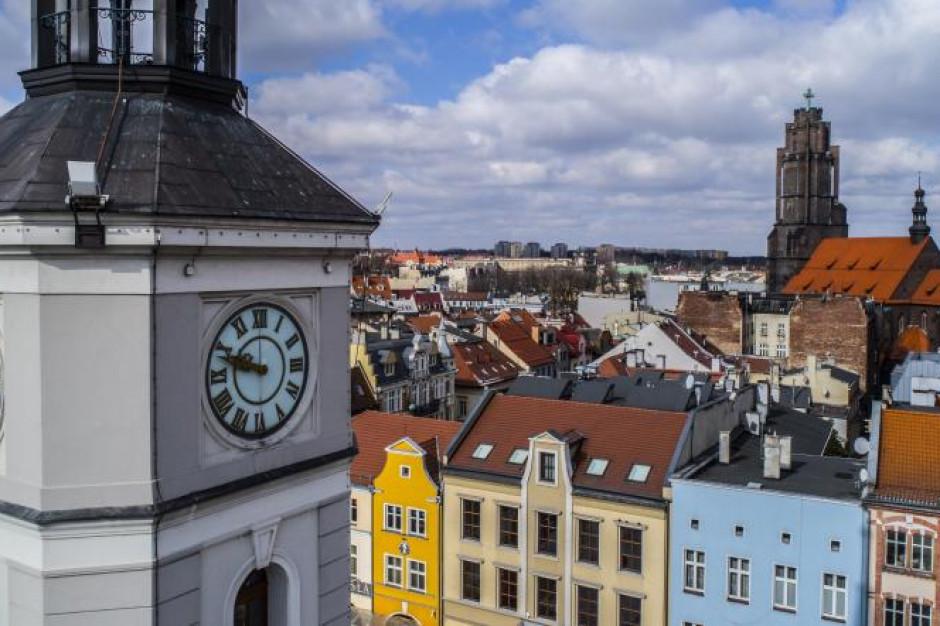 Gliwice: 137-letni zegar z ratusza przejdzie renowację