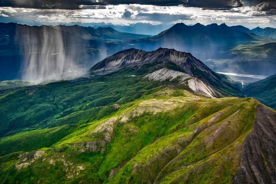Bieszczady: Zagrożenie burzowe w górach. Turyści muszą uważać
