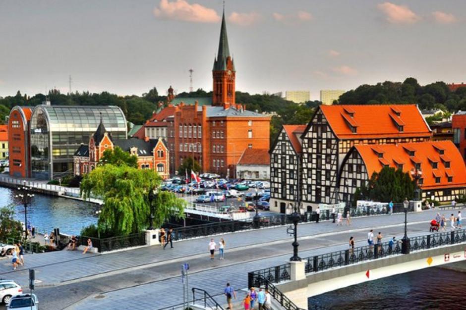 Zabytkowa hala targowa w Bydgoszczy przejdzie rewitalizację