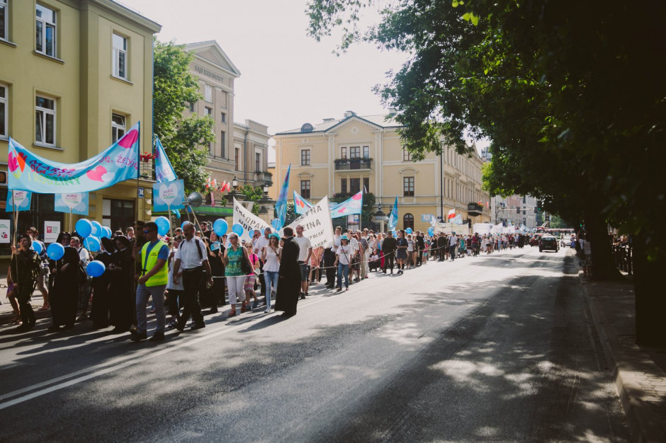 Marsz dla Życia i Rodziny w kolejnych miastach
