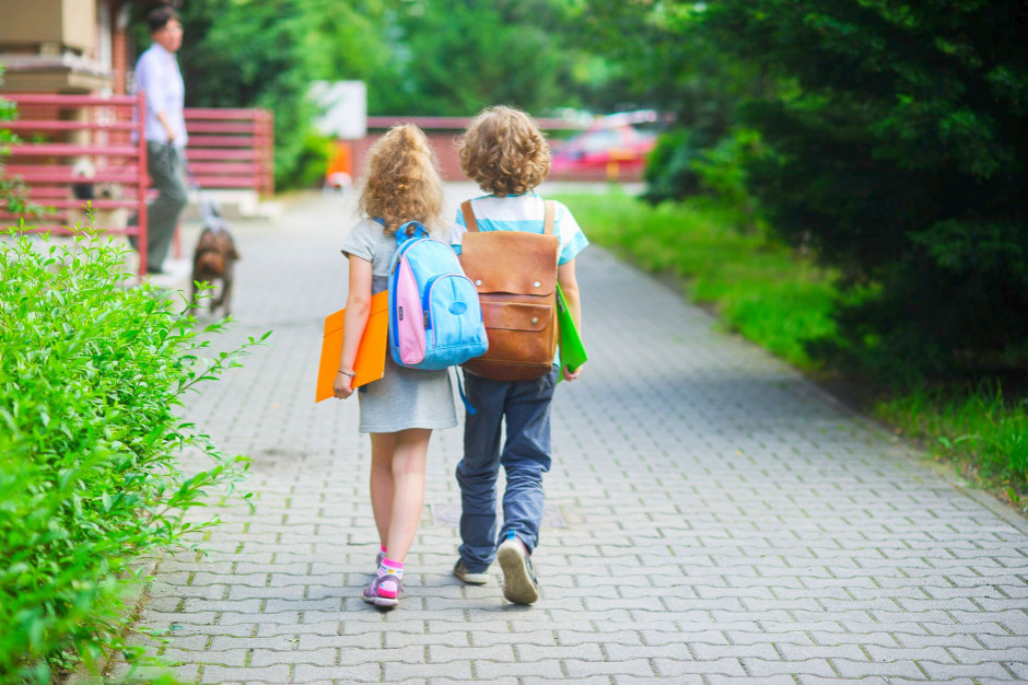 Z powodu upałów w wielkopolskich szkołach będą krótsze lekcje