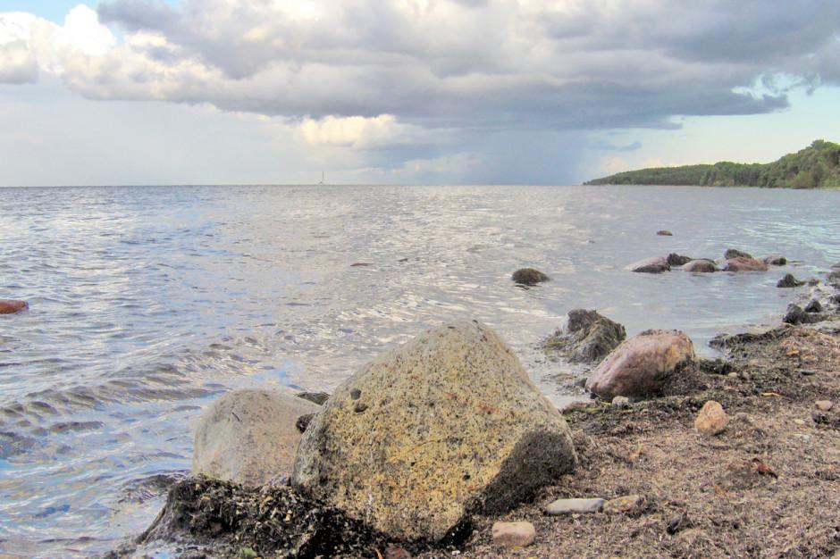 Nie ma zagrożenia dla zdrowia i konieczności zamykania plaż w Pucku