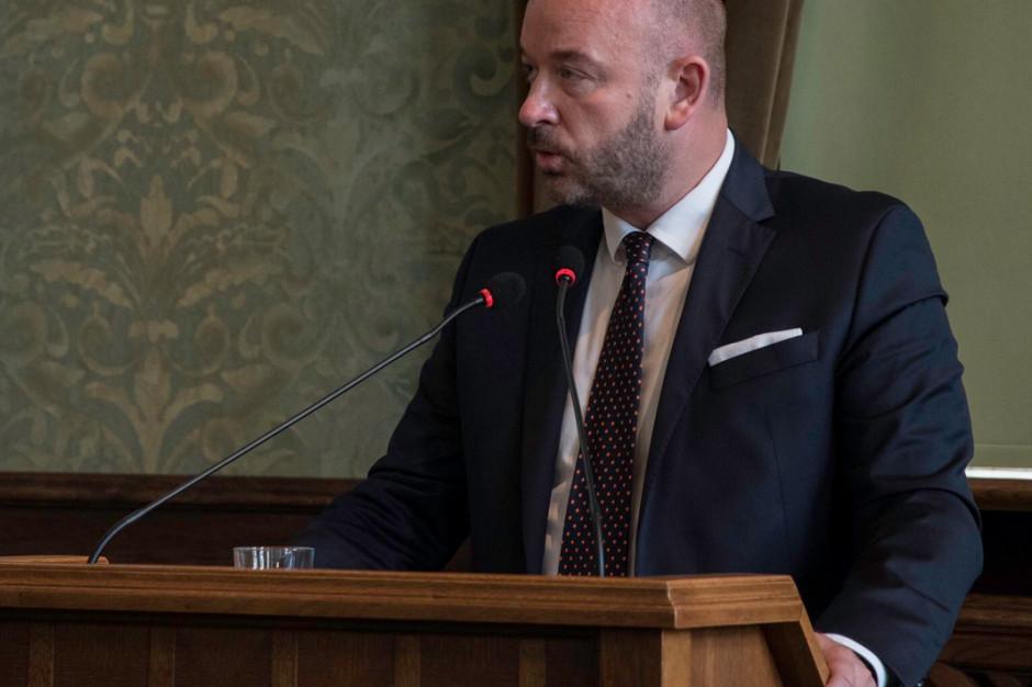 Prezydent przedstawia raport o stanie Wrocławia, radni PiS punktują prezydenta